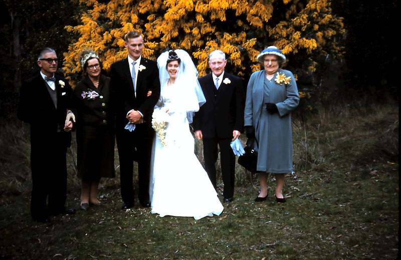 1961-8-19 (31) Alex, Doris, Graham, Mary, Dan & Ellie.JPG