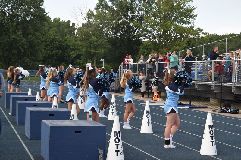 Waterford Mott defeated Milford, 48-0, on Thursday night in Lakes Valley Conference action. (Photo by Paula Pasche)