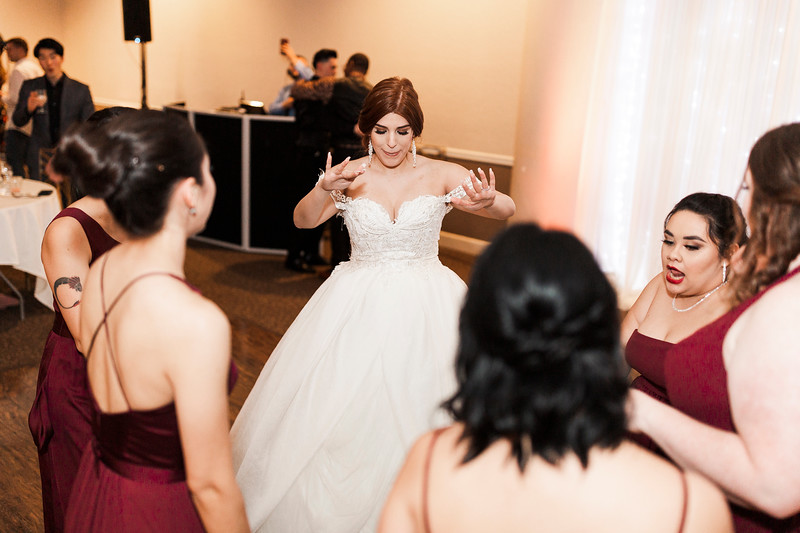 Alexandria Vail Photography Wedgewood Fresno Wedding Alexis   Dezmen881.jpg