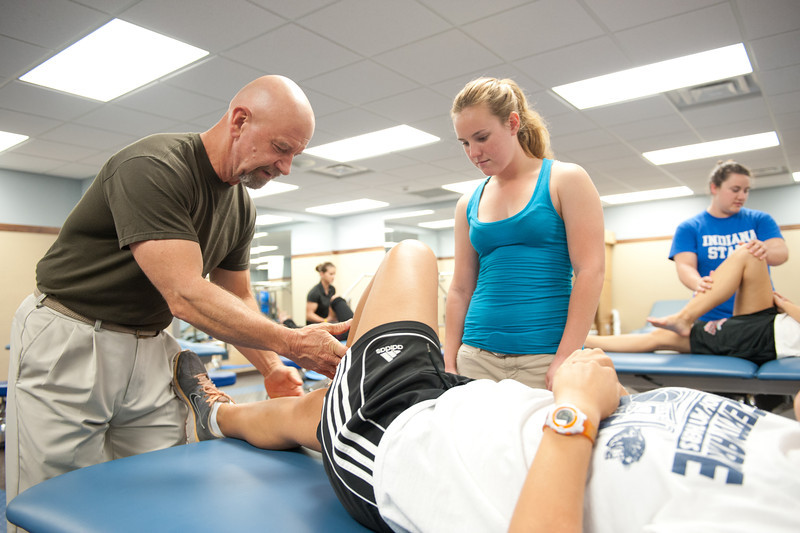 Physical_Therapy_Class-7099.jpg