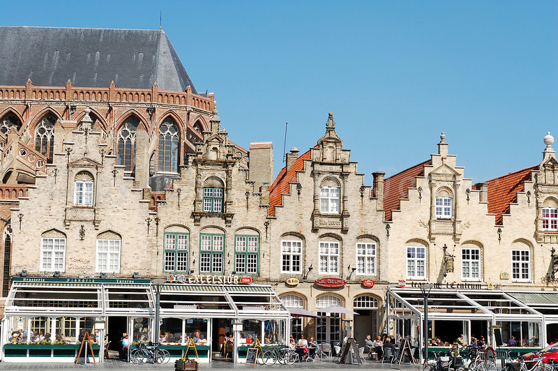 The Grand market square in Veurne, Belgium with a view on the 5 stepped gabled houses dating back from the 17th Century.