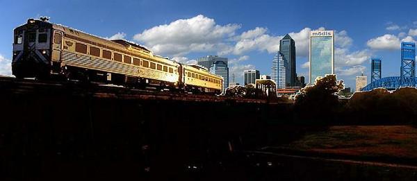 -jacksonville_skyline_panorama_2.JPG