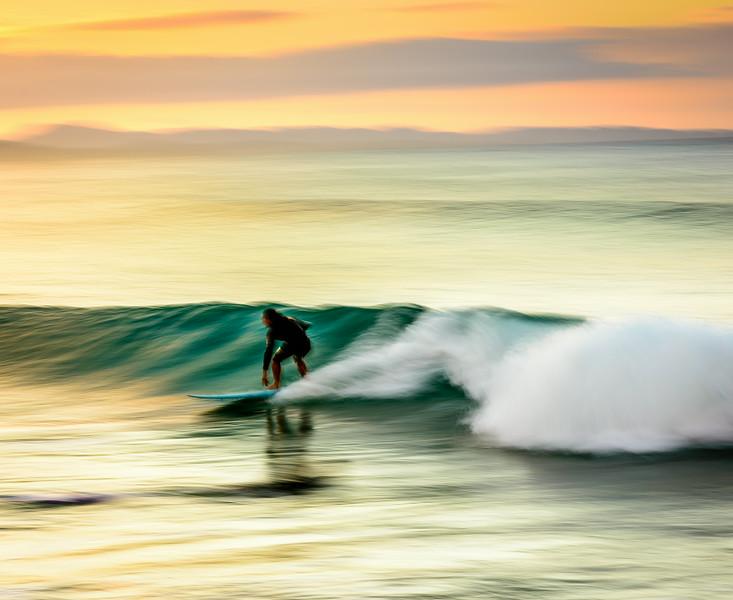SurferByronBay-111.jpg