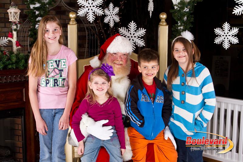 Santa Dec 8-129.jpg