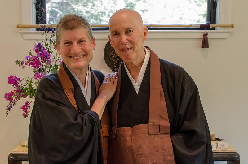 20130720-ZHS-Jill-brown robe-2751.jpg