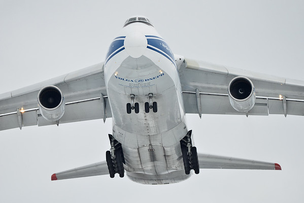 Antonov An-124 Ruslan jets