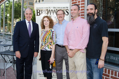 Senator Robert Casey at the Allentown Brewworks