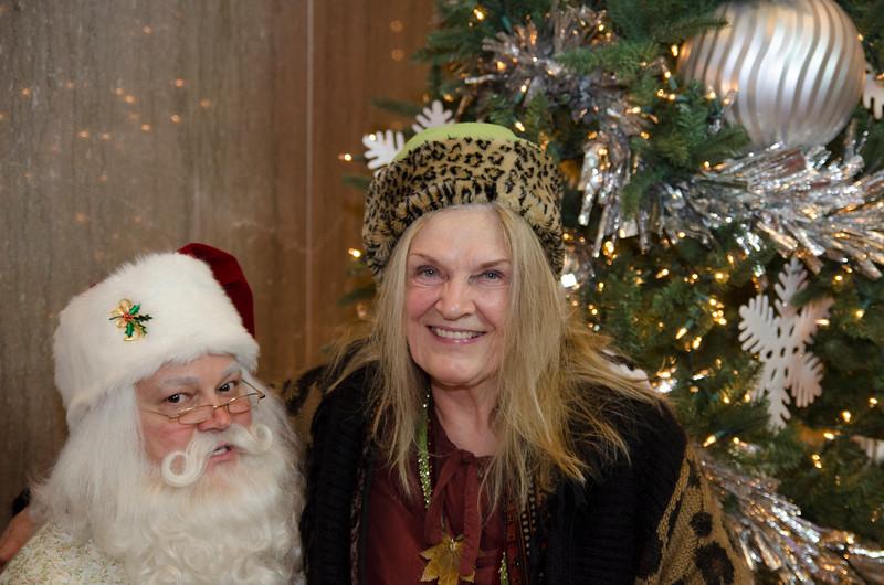 Santa at Grove_67.JPG