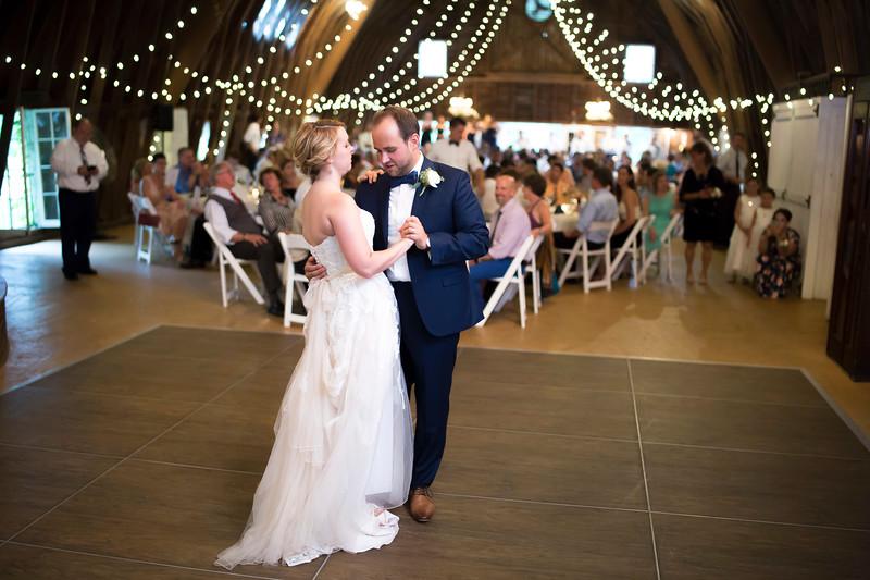 Garrett & Lisa Wedding (573).jpg