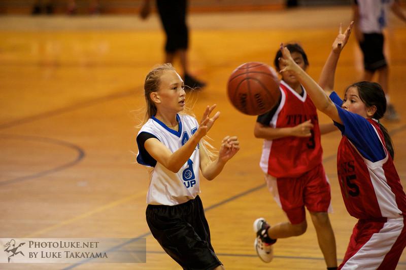 2012-01-15 at 15-54-58 Kristin's Basketball DSC_8257.jpg