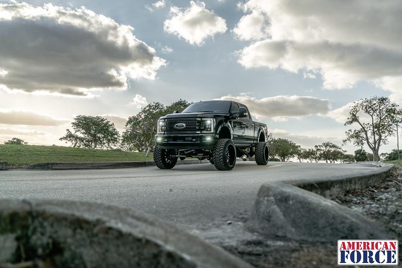 Robbie-Weir-Black-2017-Ford-F250-24x14-Machined-Black-SPRINT-CC8-@BFNTrucks-WEB-180201-DSC00529-45.jpg