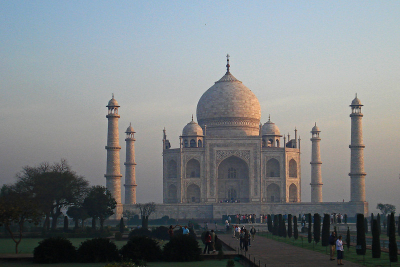 Taj at Sunrise 3.jpg