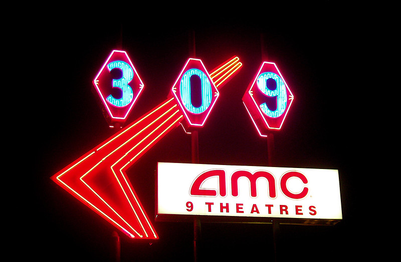 309-Cinema-Neon 002.jpg