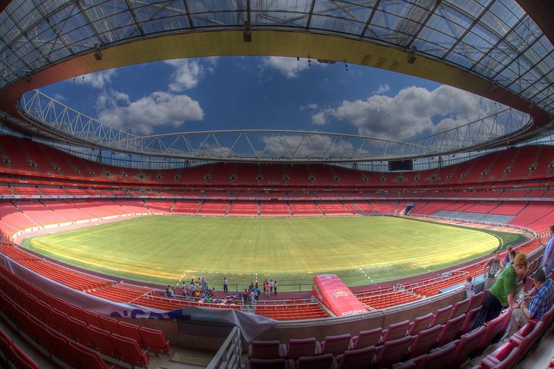 Emirates Stadium, London.jpg