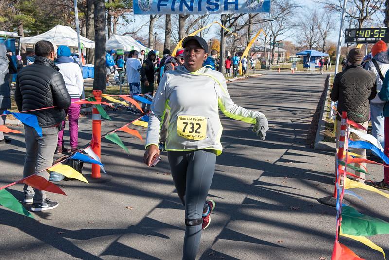 20161204_1 & 4 Mile Race_151.jpg