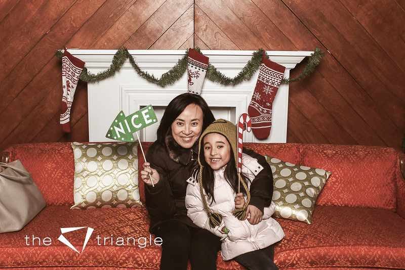 awkward-family-photo-booth-070.jpg