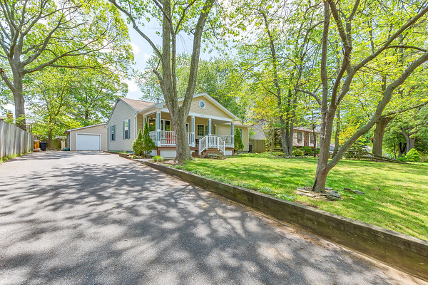975 Mt Holly Dr