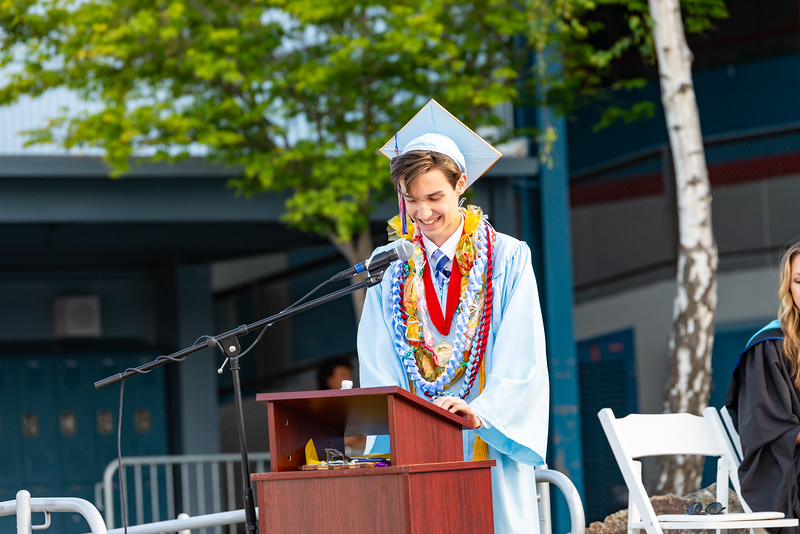 Hillsdale Graduation 2019-10305.jpg