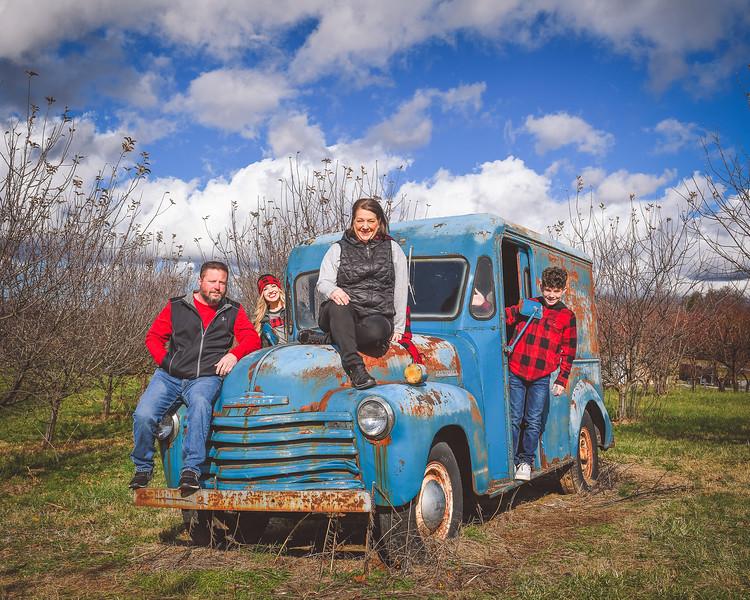 2019 Tree Farm-Dye-00034.jpg