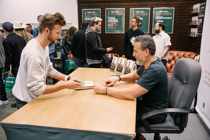 2019_2_28_TWOTW_BookSigning_SP_486.jpg