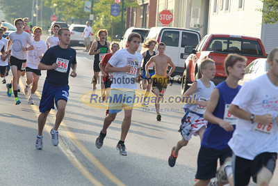 2 Mile Start - 2012 Boyne Independence Day Run