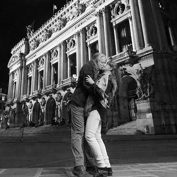ParisKiss_8*8.jpg
