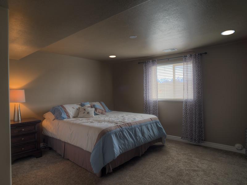 Syracuse Basement Bedroom 1 150314-Edit.jpg