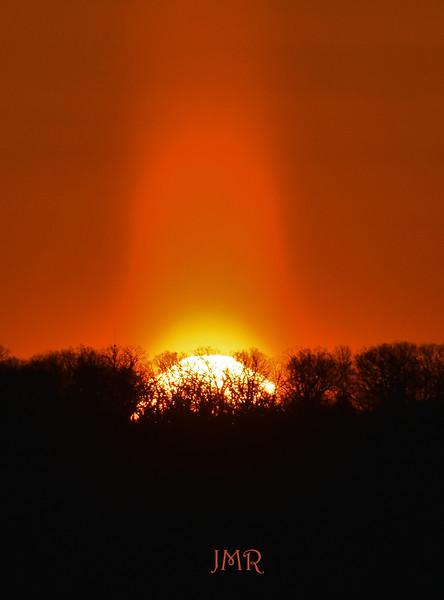 Odd SUNRISE-PIKES PEAK IOWA .jpg