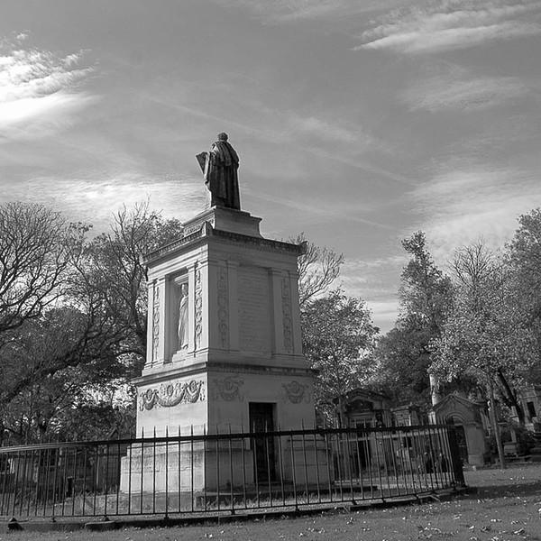 Monument, Pere Lachaise cemetery, Paris