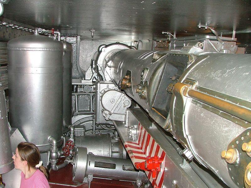 2004_0702_Battleship0094.JPG