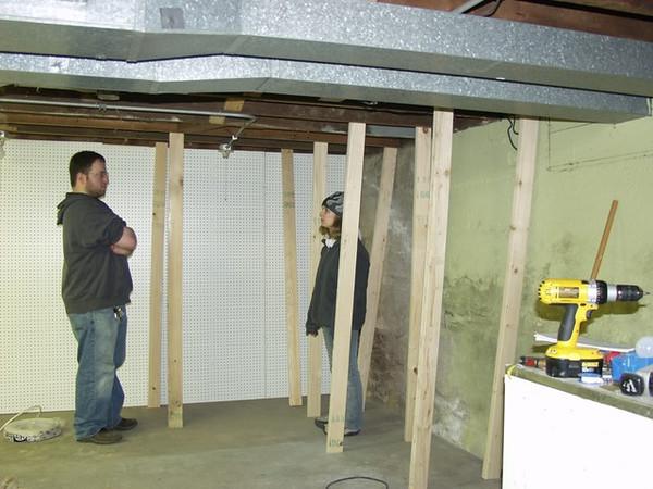 Chuck_Andi_building_shelves.jpg