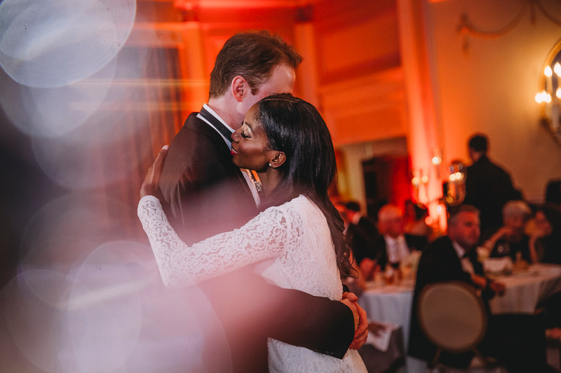 Montreal Wedding Photographer | Wedding Photography + Videography | Ritz Carlton Montreal | Lindsay Muciy Photography Video |2018_883.jpg