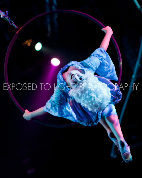 L-Hoops and Baroque Dance (Silver Team)-3.jpg
