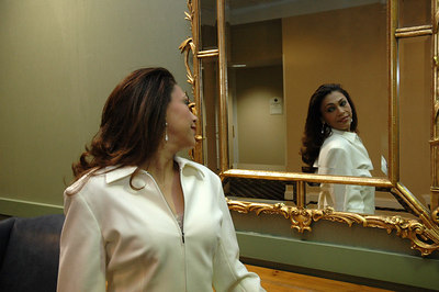 Mrs International Canada Carolina Tario Jan 10, 2007