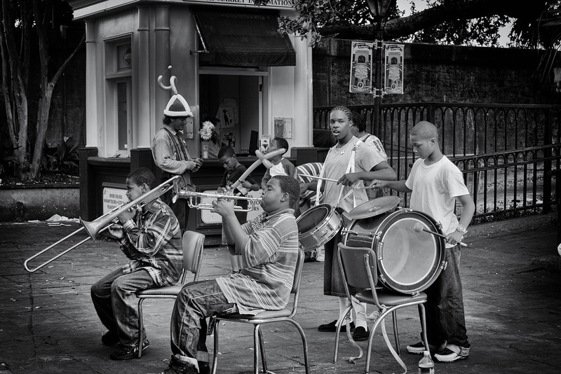 Right outside Cafe du Monde a band of kids plays some jazz.