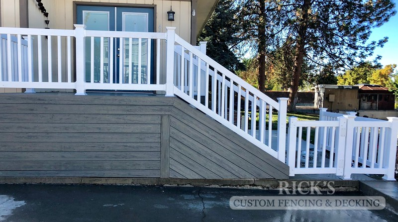 1255 - LifeStyle HDPE Composite Decking