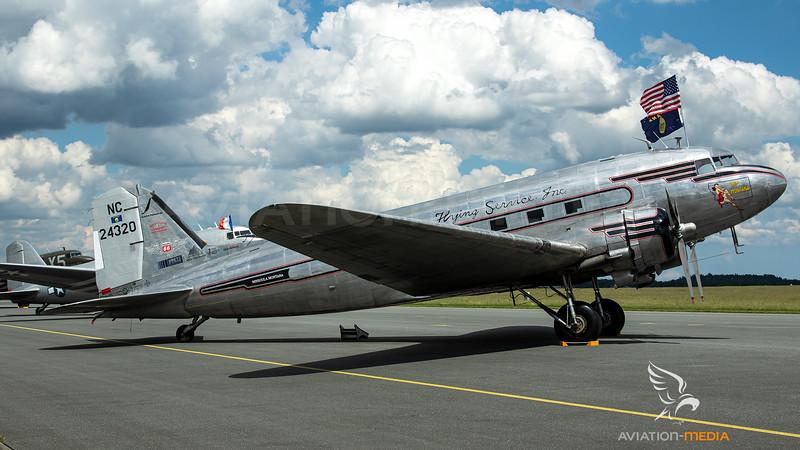 N24320_JohnsonFlyingService-MissMontana_DC-3_MG_1434.jpg