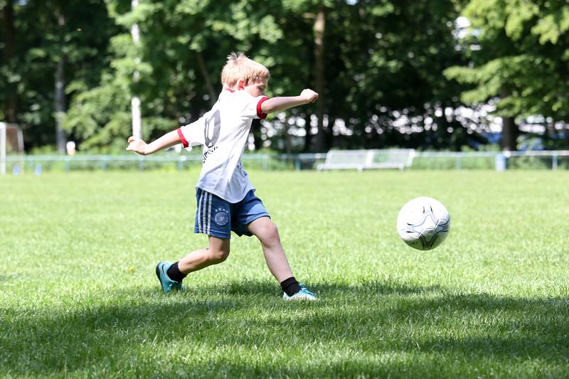 hsv_fussballschule-218_48047951701_o.jpg