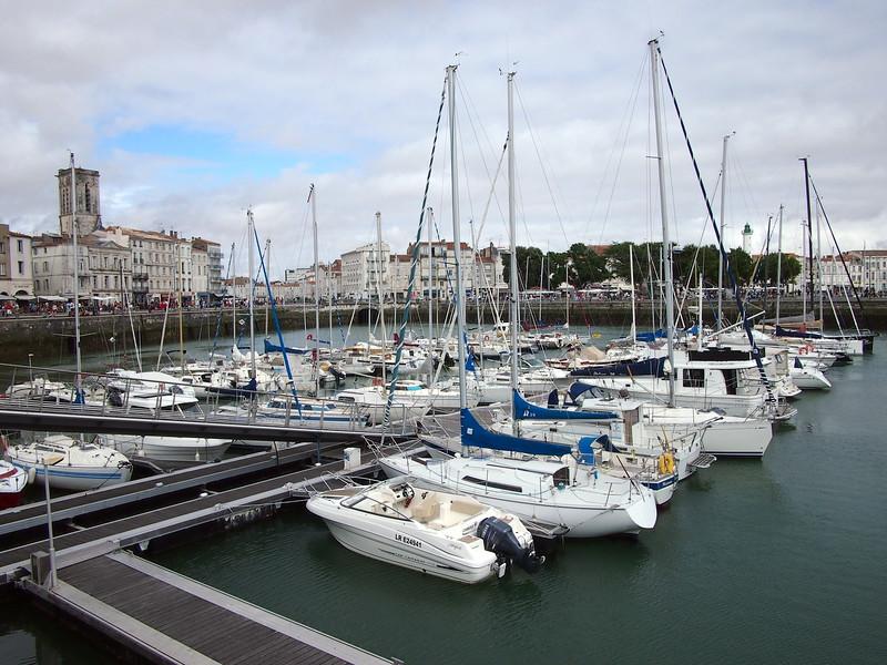 P7246085-harbour.JPG