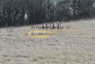 Women at 2 Mile mark - 2013 NCAA Division I Great Lakes Region Cross Country Championships