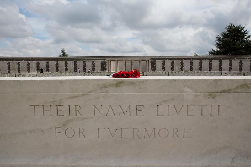 Ypres Tyne Cot Cemetery (28 of 123).jpg