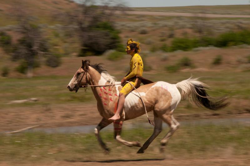 IndiansoarsonhorsebackDSC_1044.jpg