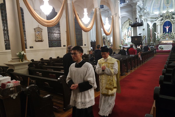 Easter Vigil (April 15, 2017)