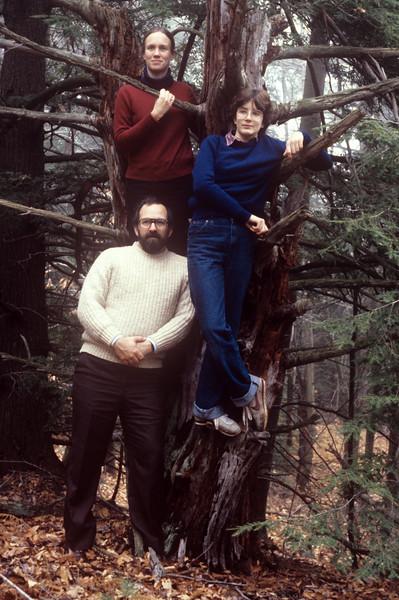 1982-11 John, Chris & Bonnie-3.jpg