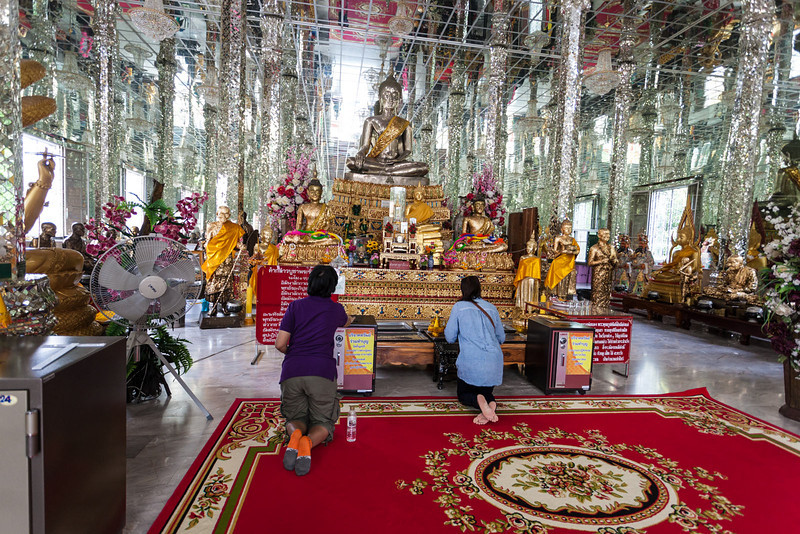 Wat Muang_Ayutthaya (50 of 52).jpg