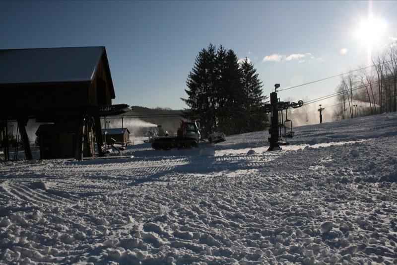 SnowTrailsOpeningDay12_11_09_013.jpg