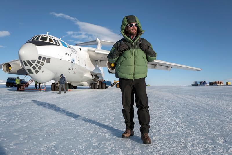 Punta IL76 Union Glacier -1-2-18070040.jpg