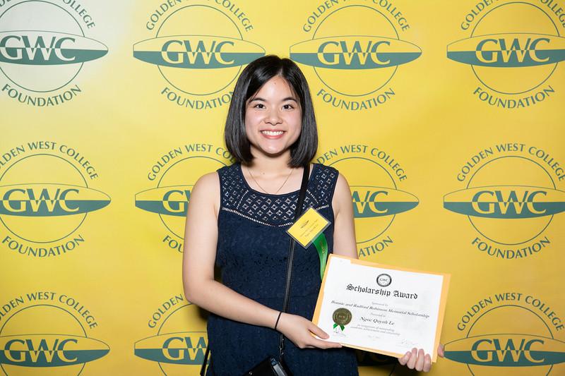Scholarships-Awards-2019-0636.jpg