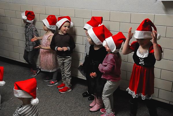 Lincoln Kindergarten Christmas Program 121318