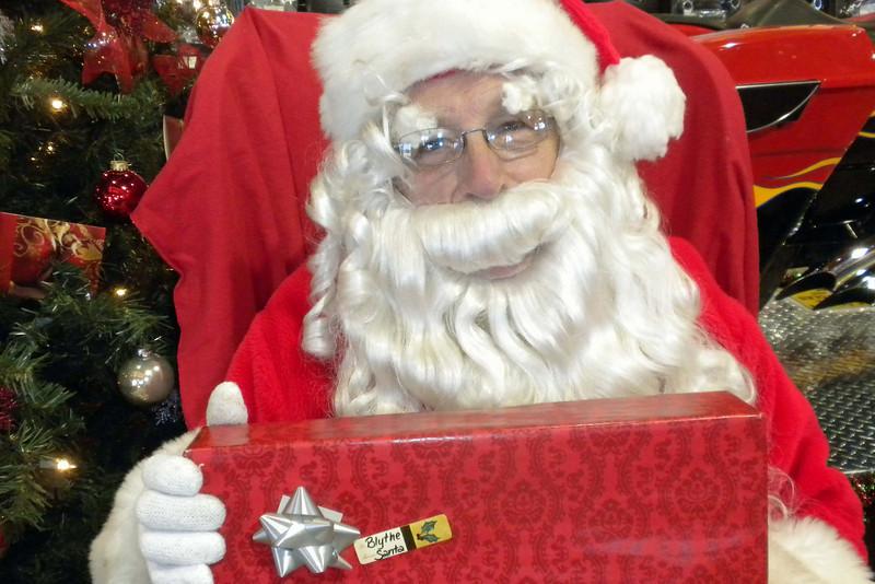 949 Christmas at J&P Cycles Destination Daytona Superstore.jpg